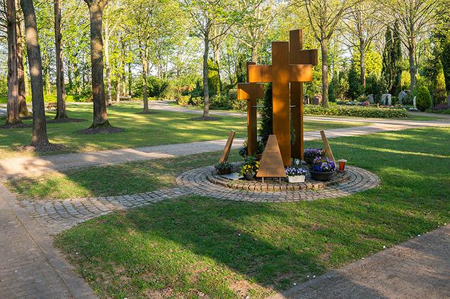 friedhöfe abschied pfarrergrab gedenkstätte trauer beerdigung