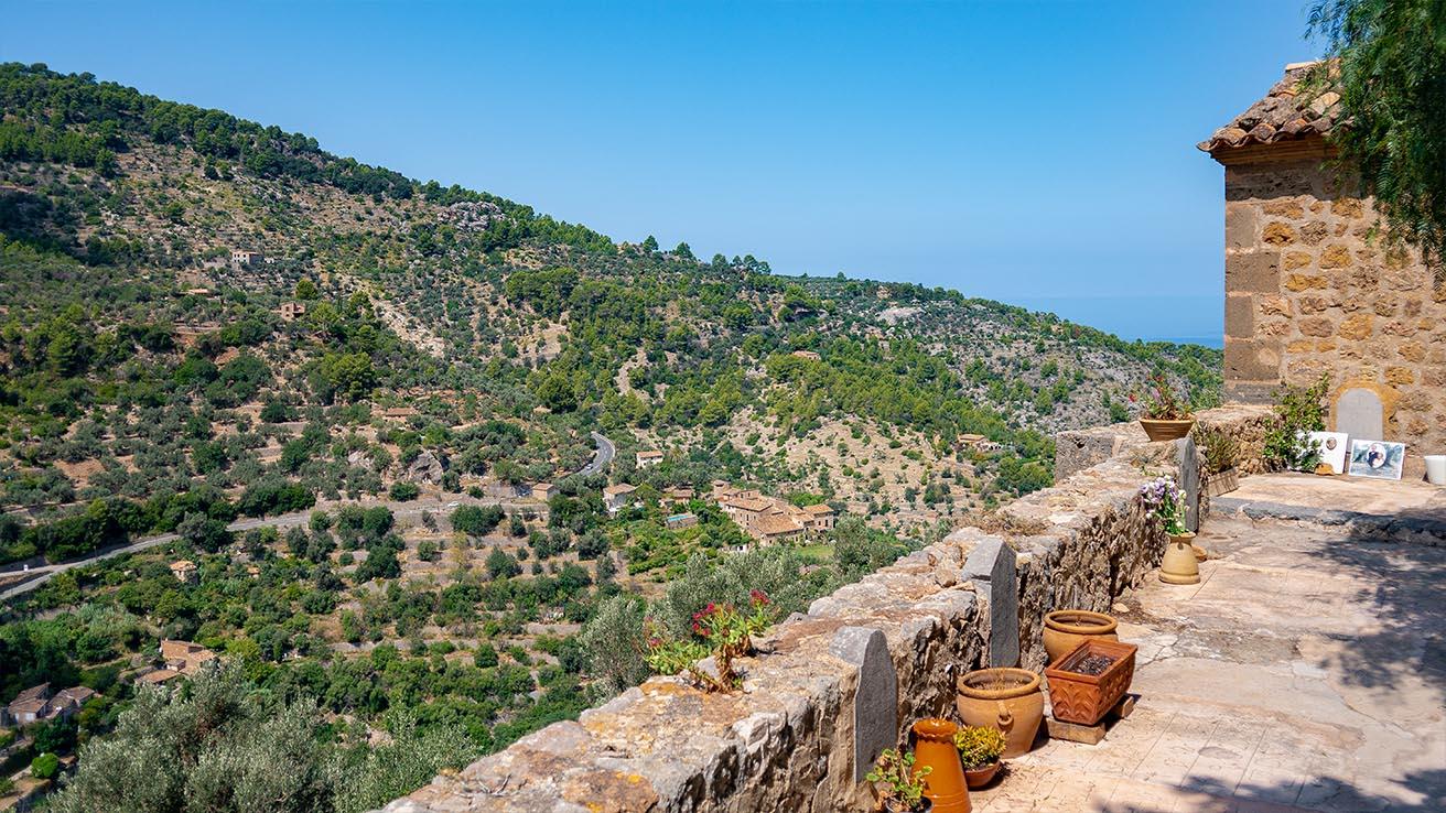 panorama 2 tor mallorca deia friedhof bestattungshaus anna lutter neuss bestattungen bestatter