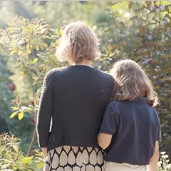 gemeinsame grabauswahl mit familie