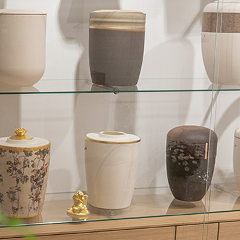 urnengalerie bestattungshaus anna lutter bestatter neuss meerbusch düsseldorf